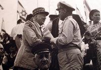 Moshe Dayan et Pierre Koenig