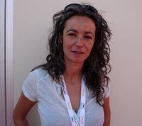 Tali Shemesh réalisatrice de Cemetery Club